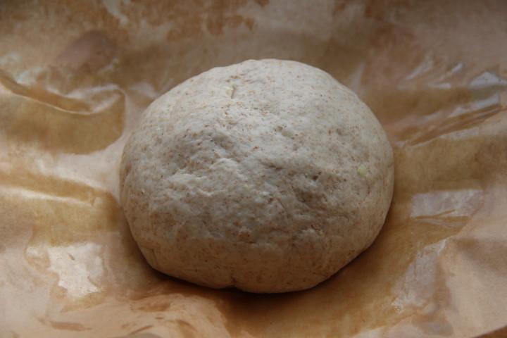 луковый хлеб в духовке с сыром