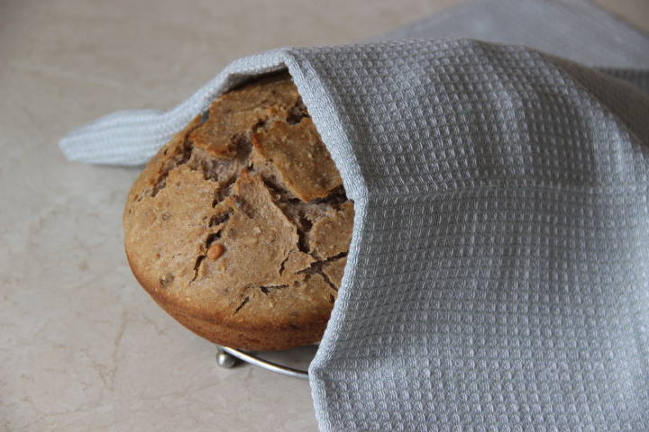 зерновой хлеб с орехами