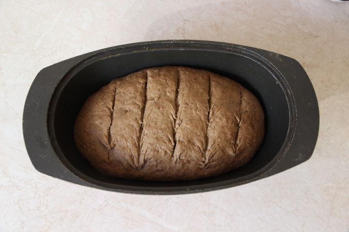 тесто для льняного хлеба в духовке с надрезами