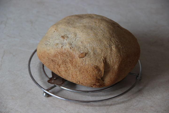 цельнозерновой хлеб в семечками тыквы